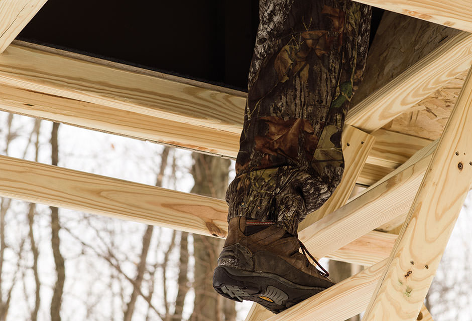 Trap Door Entry | OakRidge Hunting Blinds